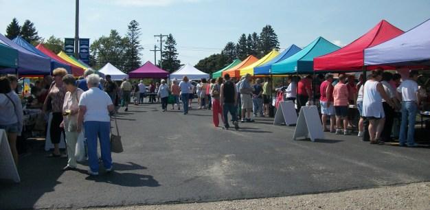 California Market: Art & Wine Walk